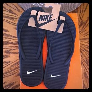 Nike SolarSoft Flipflop's